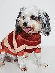 Ilse Jacobsen - Dog Knit - dog accessories - langoustino - 0