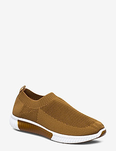SNEAKERS - burnt ochre