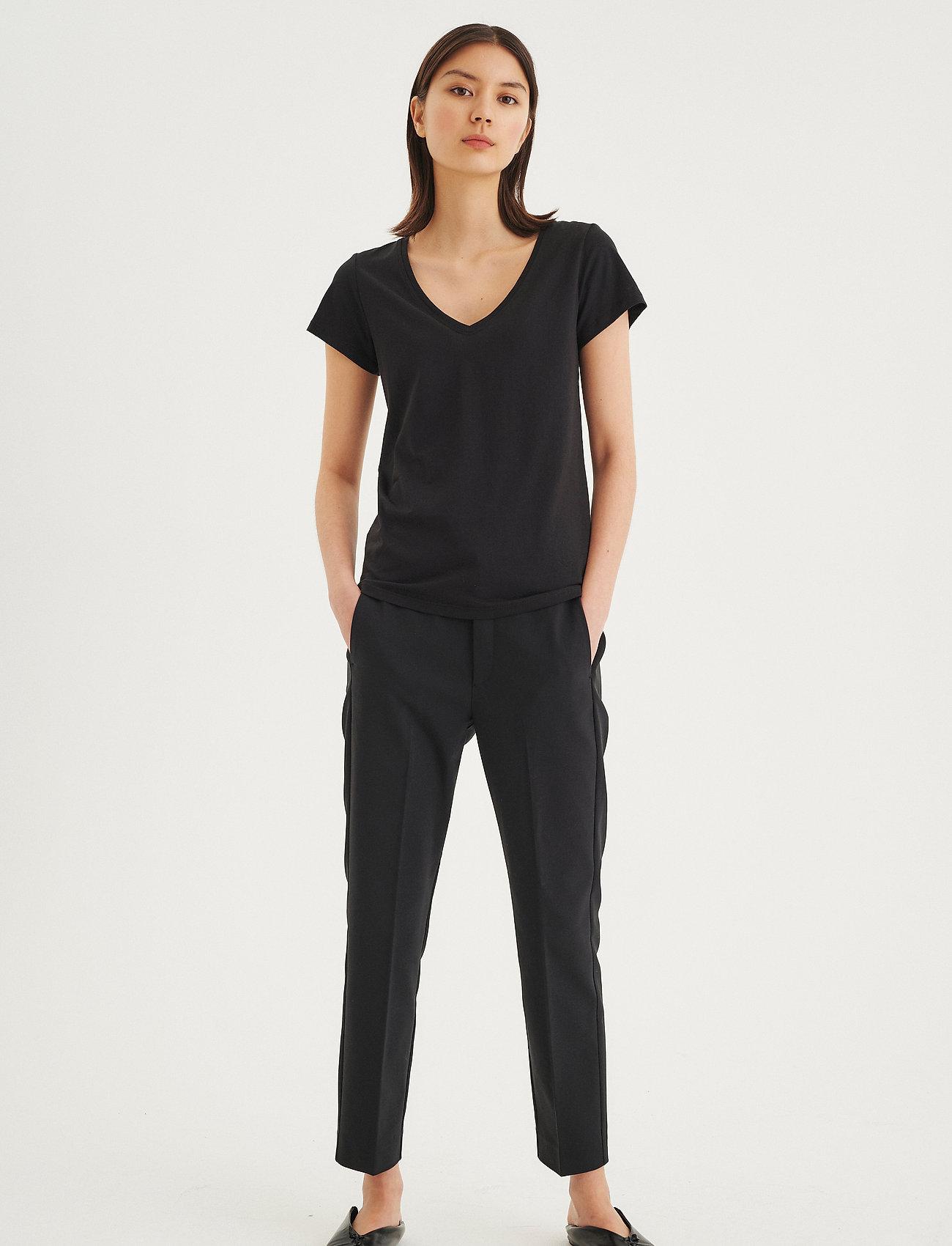 InWear Rena V Tshirt KNTG - T-shirts & topper BLACK - Dameklær Spesialtilbud