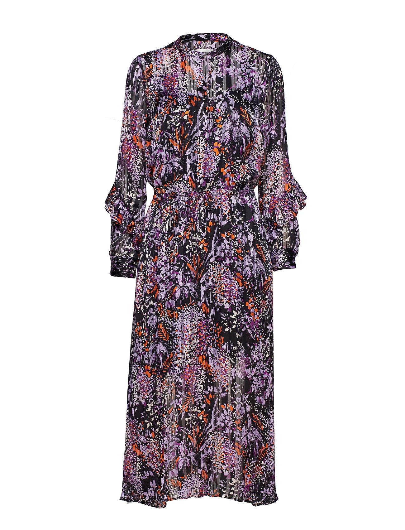 19aefaf7b0f6 Hilma Dress (Purple Flowers) (900 kr) - InWear -