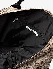 InWear - IW Travel Weekend Bag - reistassen - iw logo beige/black - 3