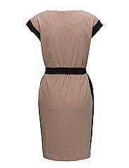 Cache Dress HW