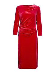 Nisas Dress - REAL RED