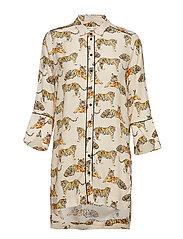 Honora Shirt
