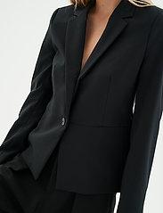 InWear - Zella Blazer - figursydda kavajer - black - 5