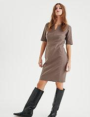 InWear - Zella Dress - vardagsklänningar - sandstone - 3