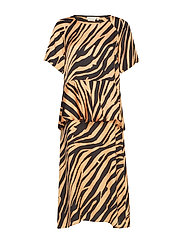 IW50 23 TurlingtonIW Dress