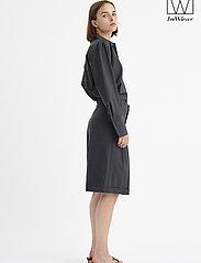 InWear - IW50 32 CarolynIW Shorts - bermuda-shortsit - dark grey melange - 0