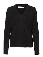 PapinaIW Vneck Pullover - BLACK