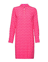 LoganIW Short Dress - HEXAGON