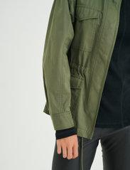 InWear - YumaIW Jacket - utility jassen - beetle green - 5