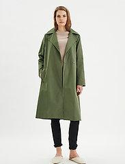 InWear - YumaIW Coat - trenchcoats - beetle green - 3