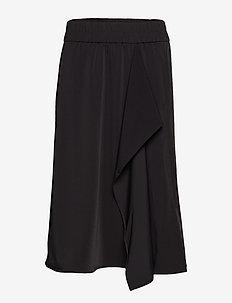 Abana Skirt - BLACK
