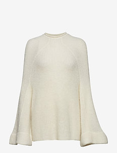 IW50 07 Ritz Turtleneck Pullover - FRENCH NOUGAT