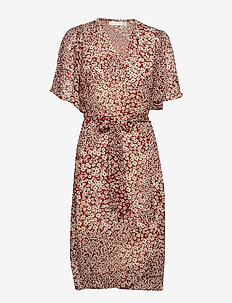 TallyIW Dress - RUSSET BROWN DIAGONAL FLOWER