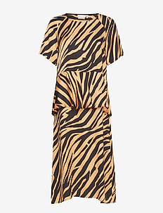 IW50 23 TurlingtonIW Dress - LARGE ANIMAL STRIPES