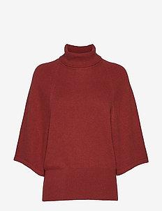 IrisIW Turtleneck Pullover - RUSSET BROWN