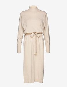 IrisIW Dress - FRENCH NOUGAT