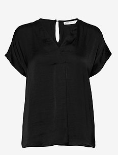 RindaIW Top - BLACK