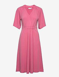 AbelIW Dress - midi kjoler - morning glory
