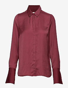 RioIW Shirt - MAROON