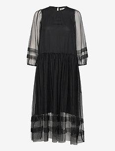 GeneIW Dress - midi kjoler - black