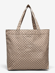 IW Travel Tote Bag - fashion shoppers - iw logo beige/black