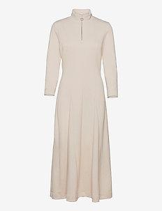 VeerIW Dress - midi kjoler - porcelain