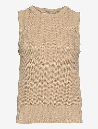 DisaIW Waistcoat - knitted vests - ecru