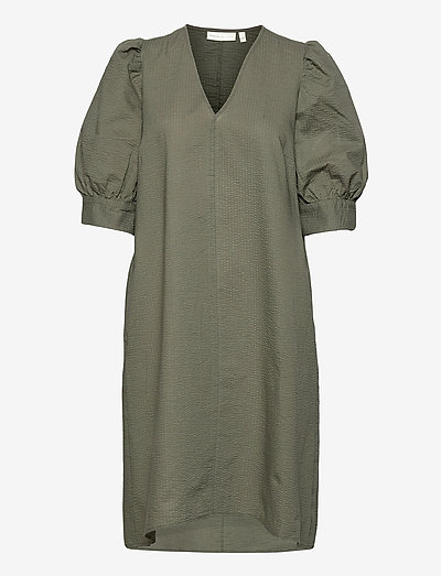 YancaIW Dress - sommerkjoler - beetle green