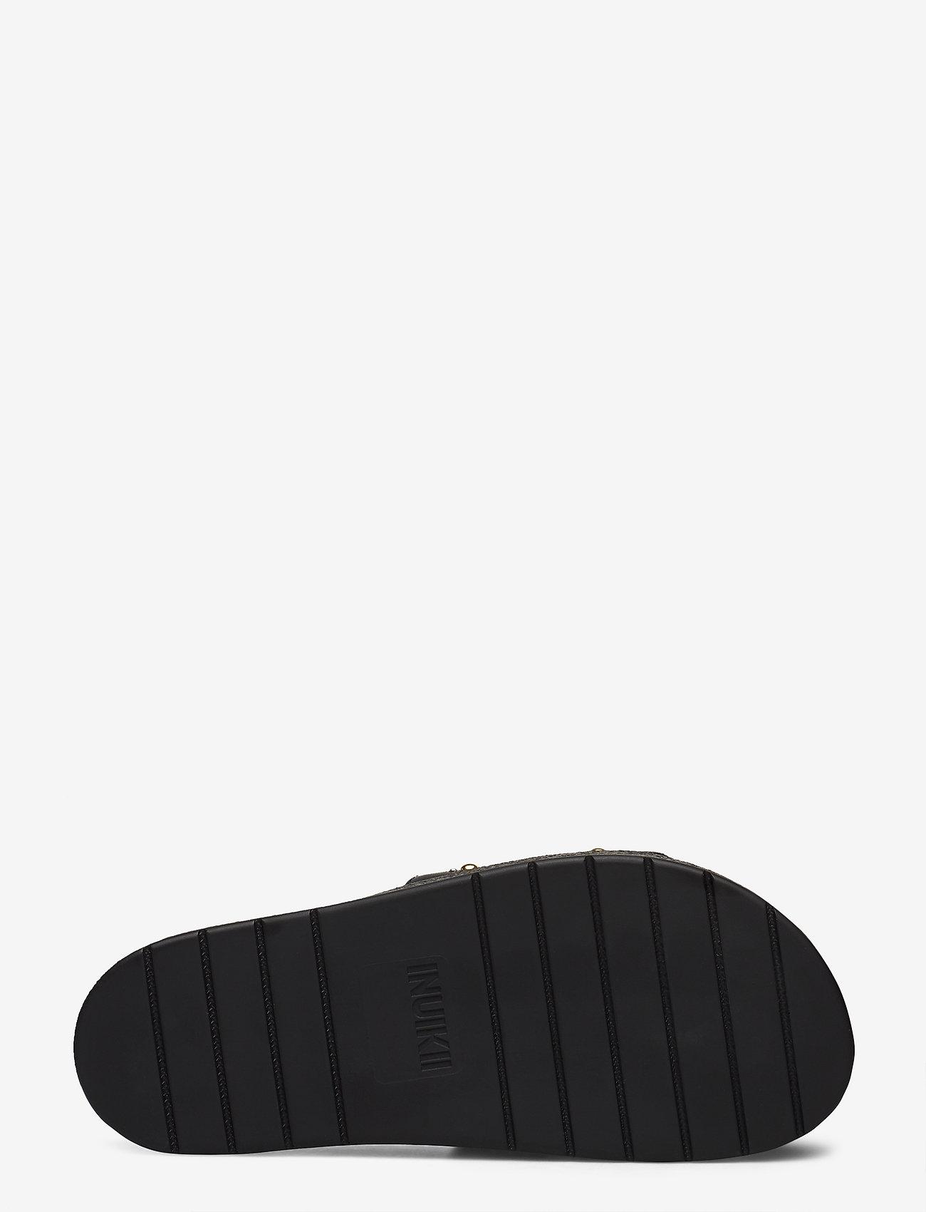 Inuikii Slipper Dipama Studs (Black) - Inuikii
