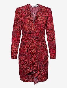 MAITRI - midi kjoler - red zebra