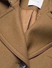 Ivy & Oak - CLASSIC TRENCH COAT - trenchcoats - beech - 5