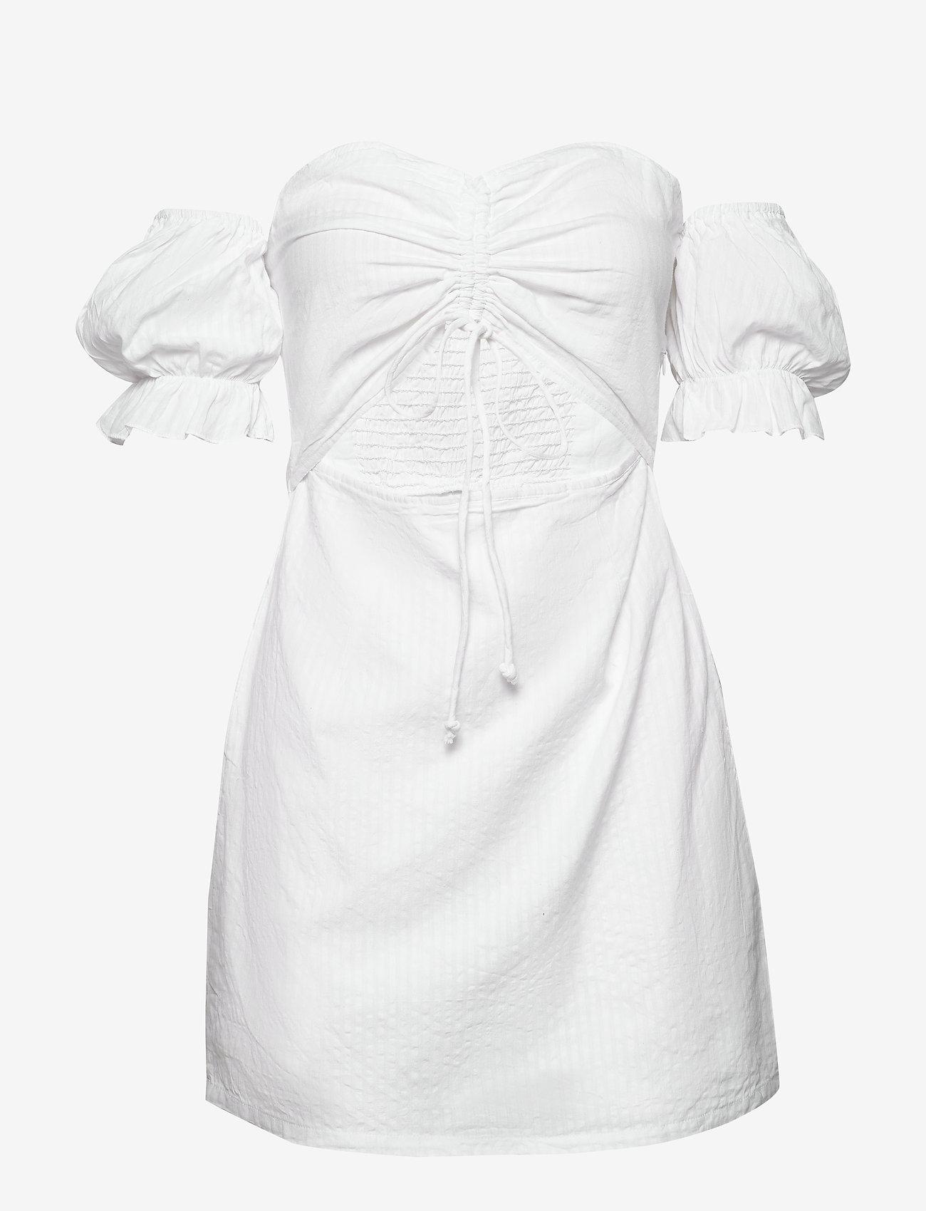 Ivyrevel - DRAWSTRING PUFF SLEEVE DRESS - robes moulantes - cold white - 1