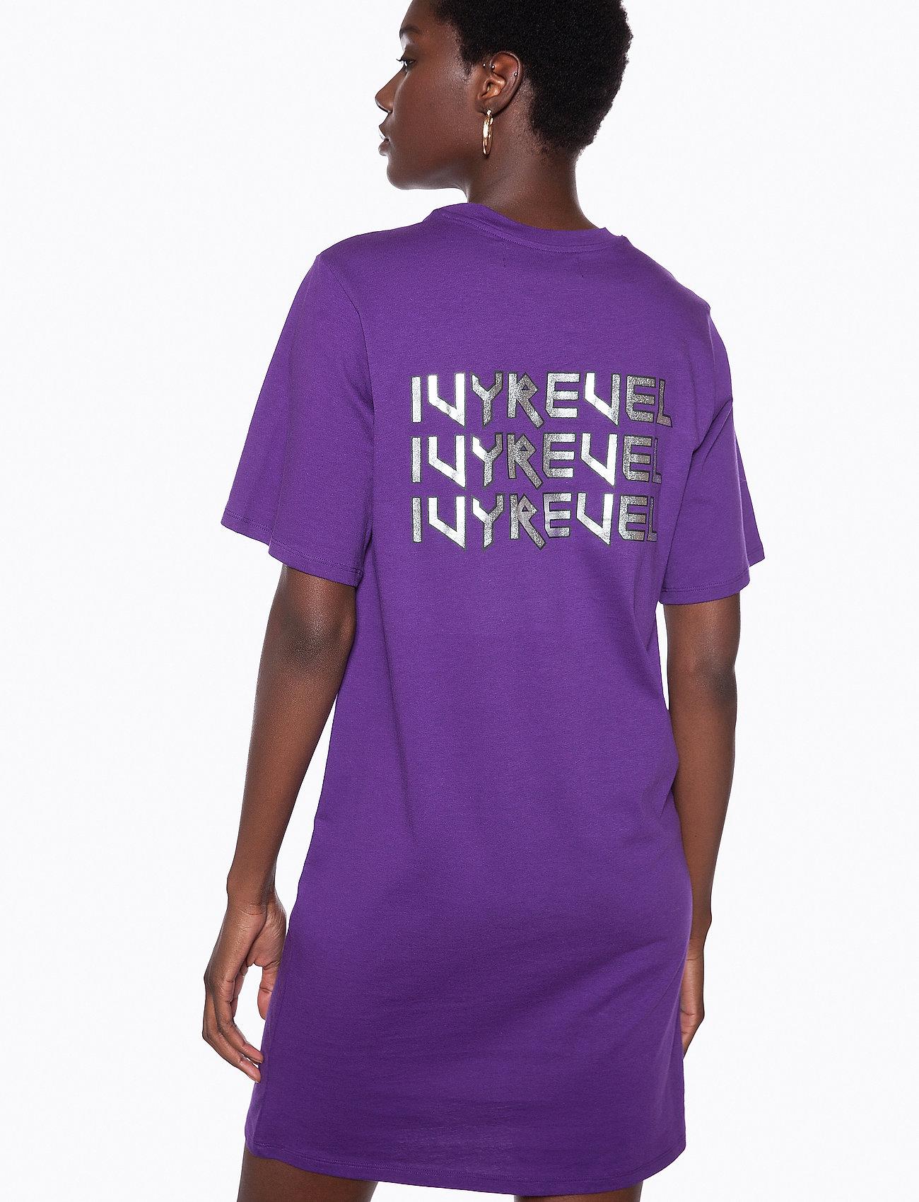Ivyrevel - IVY TSHIRT DRESS - midi dresses - purple