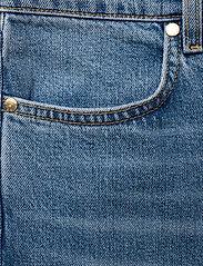 Ivyrevel - KICK FLARE JEANS - schlaghosen - blue - 2