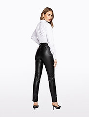 Ivyrevel - FAUX LEATHER TROUSERS - lederhosen - black - 3