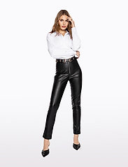 Ivyrevel - FAUX LEATHER TROUSERS - lederhosen - black - 5