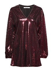 FLOWY SEQUIN DRESS - BURGUNDY
