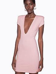 Ivyrevel - CAPPED SLEEVE PLUNGE MINI DRESS - short dresses - light pink - 3