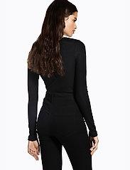 Ivyrevel - TIGHT PLUNGE BODY - body - black - 4