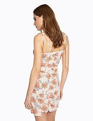 Ivyrevel - DRAPY STRAP DRESS - lyhyet mekot - multi floral - 4