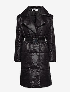 QUILTED COAT - BLACK