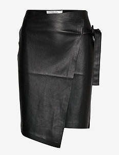 HIGH WAIST OVERLAP SKIRT - BLACK