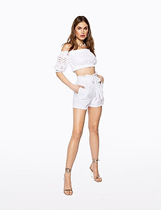 PAPER BAG MINI SHORTS - casual shorts - white