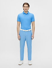 J. Lindeberg Golf - Tour Tech Slim Fit Golf Polo - kurzärmelig - ocean blue - 5