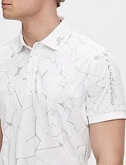 J. Lindeberg Golf - Tour Tech Reg Fit Print Polo - kurzärmelig - slit white - 5