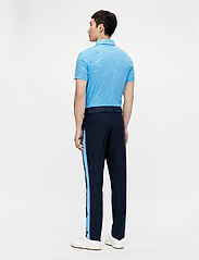 J. Lindeberg Golf - Tony Slim Fit Golf Polo Print - kurzärmelig - neo deboss ocean blue - 3