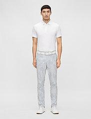 J. Lindeberg Golf - Tony Slim Fit Golf Polo Print - kurzärmelig - neo deboss white - 4