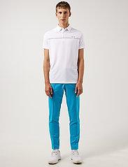J. Lindeberg Golf - Clay Regular Fit Golf Polo - pik - white - 0